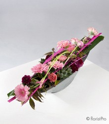 pink, purple, table, gift, arrangement, www.thegravesendflorist.co.uk