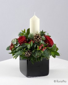 Red, candle, flower, Christmas, festive, table, arrangement, florist, Gravesend, delivery