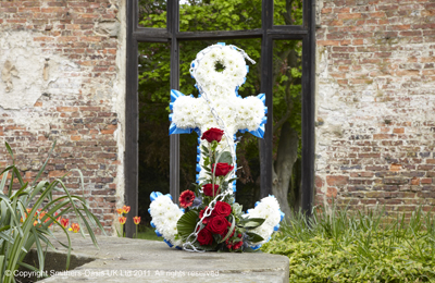 Anchor Funeral Flowers Tribute www.thegravesendflorist.co.uk
