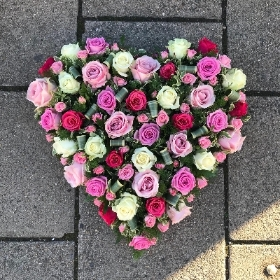Rose, heart, funeral tribute, funeral flowers, delivered, gravesend, florist