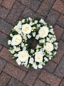 White, rose, lisianthus, freesia, wreath, funeral, flowers, tribute, Gravesend, Florist, Kent