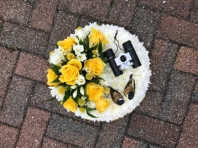 White, posy, theme, funeral, flowers, tribute, Gravesend, Florist, kent