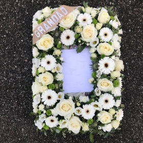 Photo, frame, funeral, tribute, flowers, wreath, rose, gerbera, delivery, Gravesend, florist