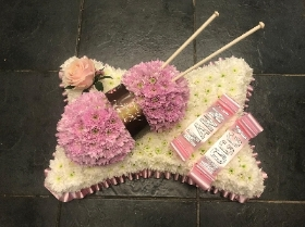 Ball, wool, knitted, knitting, crotchet, funeral, flower, tribute, Gravesend, Florist, delivery