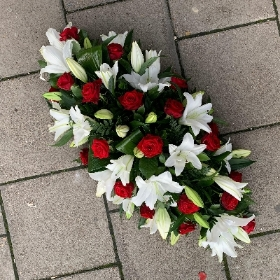 Rose, lily, coffin, casket, double, wreath, ended, spray, funeral, sympathy, flowers, tribute, florist, gravesend, Northfleet, Kent, london