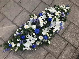Blue, white, coffin, double, ended, spray, lily, rose, funeral, sympathy, wreath, tribute, flowers, florist, gravesend, Northfleet, Kent, london