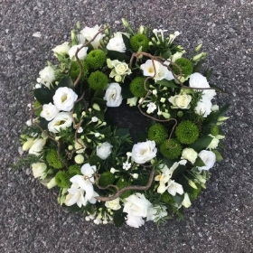 Woodland, willow, twig, green, white, moss, Funeral, sympathy, wreath, tribute, flowers, florist, gravesend, Northfleet, Kent, london