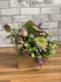 Cute, different, envelope, flower, arrangement, gift, florist, gravesend, northfleet, kent