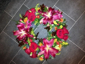 Autumn, red, lily, Funeral, sympathy, wreath, tribute, flowers, florist, gravesend, Northfleet, Kent, london