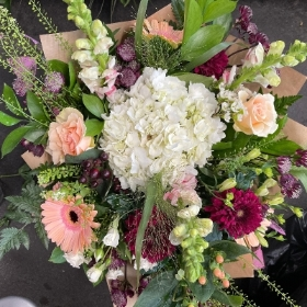 Lisa's signature handtie bouquet